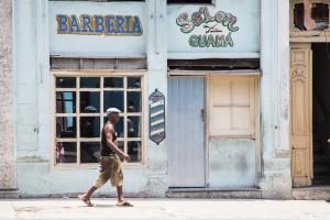CU_0800: Habana (Cuba) - Walking man