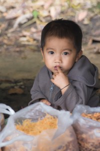 LC_0187: Laos - Child at market