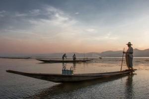 DB_2455: Myanmar - Fisherman in inland waters