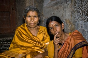 DE_0187: Southern India - Mother with her daughter