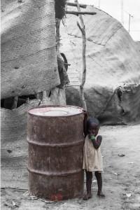 DO_2981: Mali - Child in a slum