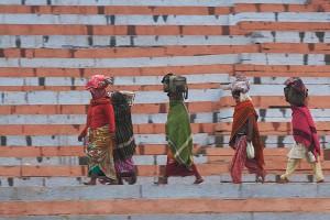 KD_0369: Northern India - Pilgrims in Varanasi