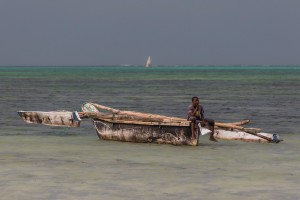 TA_0582: Tanzania - Fisherman in Zanzibar